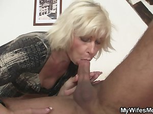 I'v just cummed on my mother in law