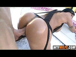 sexy MILF with big tits loves dick in her ass Jewels Jade 4 001