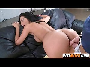 Deep throat MILF Amber Cox 6