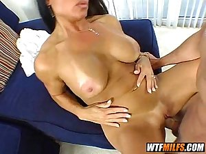 slutty milf tries a new cock 3 002