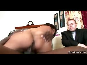 Bootylicious brunette MILF mounts like a slut in front of her son