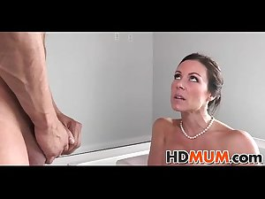 Sexy Mum will teach you