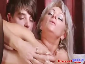 Son and mom love to fuck and to play with toys p2